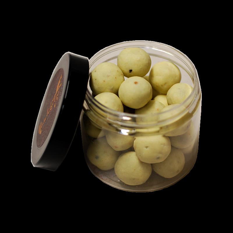 LuxusNuss Piemonteser Haselnüsse in Vollmilch und Weißer mit Tonkabohne (120g)